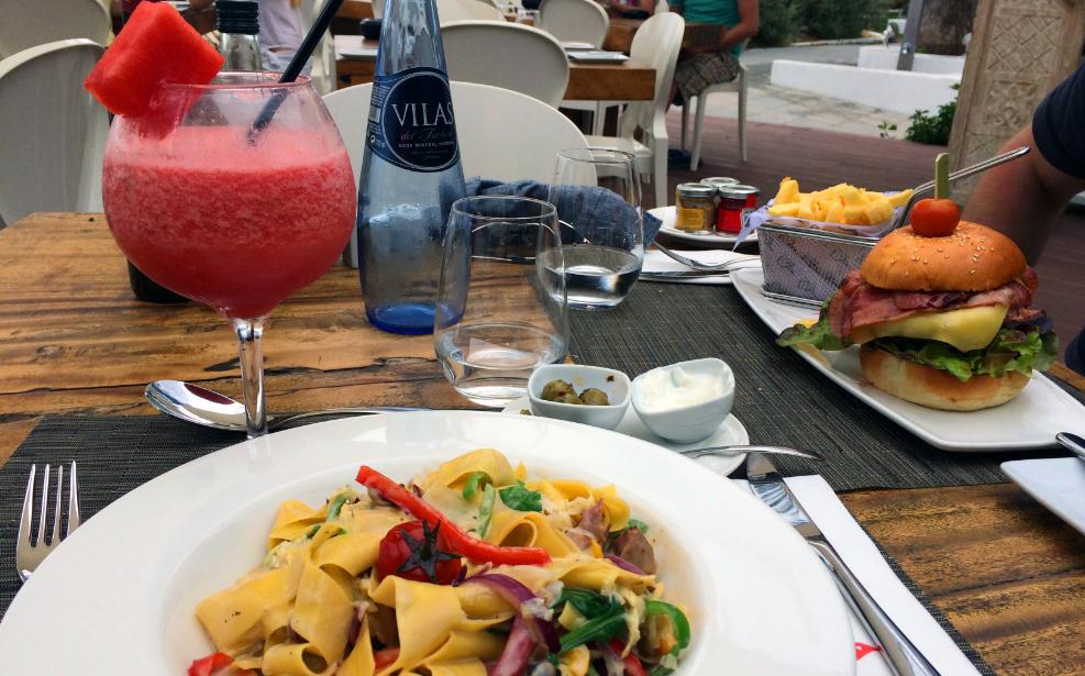 Lunch at Ushuaia Beach Club