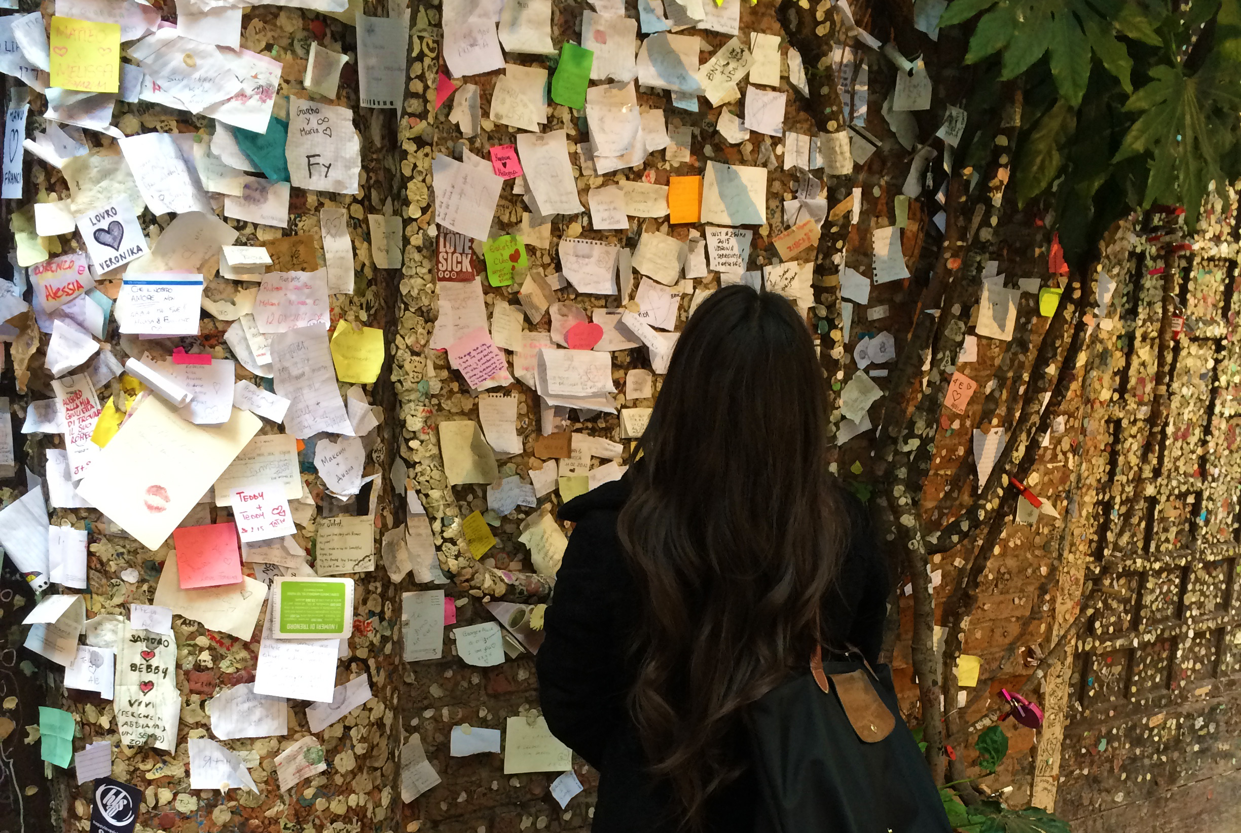 Some of the handwritten love letters to Juliet