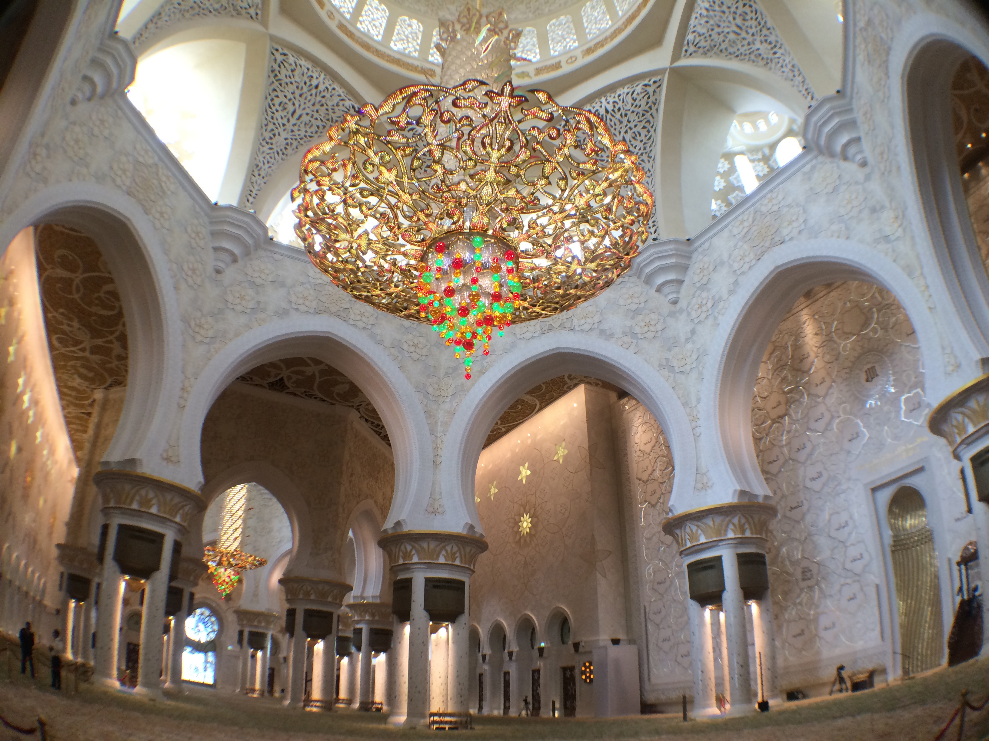 The details inside the Sheikh Zayed Grand Mosque