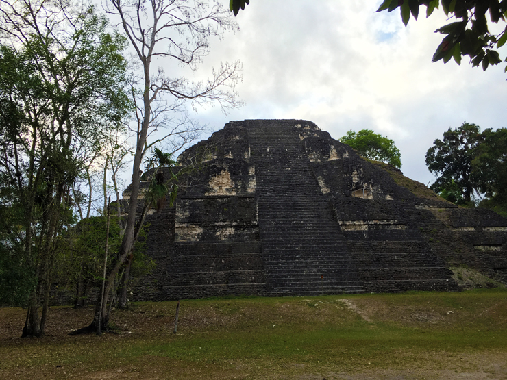Lost World Pyramid, Mundo Perdido, Tikal