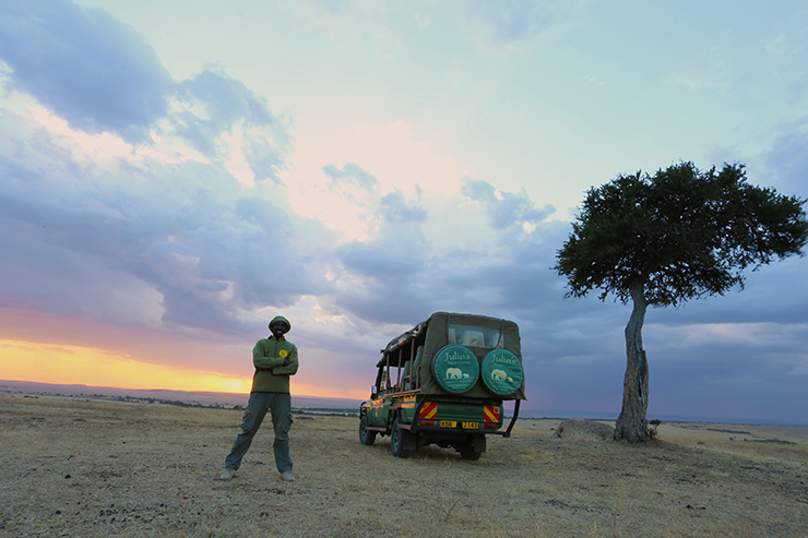 Kenya, Masai Mara, Masai, Kananga International, Julia's River Camp, Safari, East Africa, Sundowner, Sunset, African Sunset